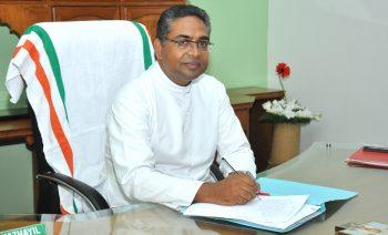 Rev Dr Mathew Vazhayil for web